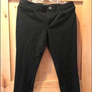 Banana Republic Sloan Fit Size 8 Black Pant
